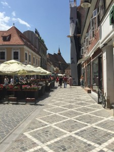 Brasov pedestrian walk to Black Church
